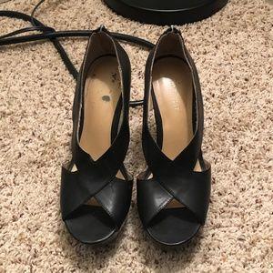 Nine West Black Patent Leather Wedge Sandals